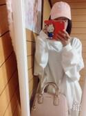 """まなみ is wearing apres jour """"BIGスウェットプルオーバー【ZOZOTOWN限定アイテム】"""""""