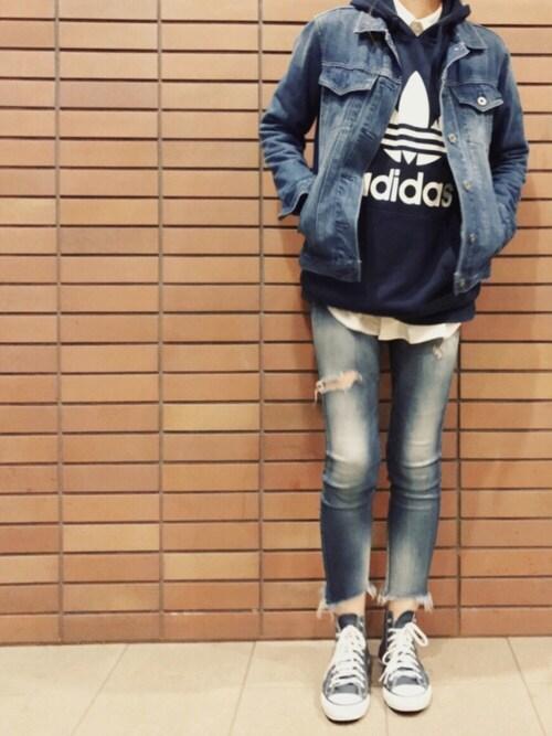 misaさんの「オリジナルス パーカー [NAVY HOODIE](adidas)」を使ったコーディネート