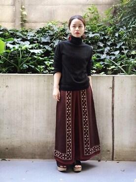 gura_suzukiさんの「WOMEN カシミヤタートルネックセーター(長袖)(ユニクロ)」を使ったコーディネート