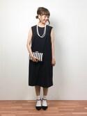 内山陽菜さんの「【結婚式・お呼ばれ対応】ボーダースクエアパーティーバッグ(GIRL|ガール)」を使ったコーディネート