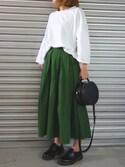 MOCA STAFFさんの「ボリュームフレア立体シルエットウエスト後ろゴムロング丈スカート(select MOCA|セレクトモカ)」を使ったコーディネート