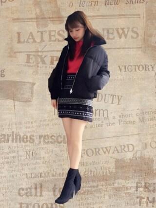村瀬紗英さんの「ネイティブボーダー台形スカート(EVRIS EVRIS)」を使ったコーディネート