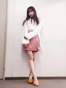 村瀬紗英さんの「ナロークロステープシャツ(MURUA|ムルーア)」を使ったコーディネート