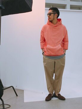 B:MING LIFE STORE by BEAMS|佐藤嘉紀さんのサングラス「OAKLEY / FROGSKINS High Grade (ASIA FIT)(BEAMS|ビームス)」を使ったコーディネート