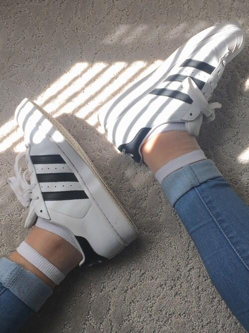 「adidas 'Superstar' Sneaker (Women)(adidas)」 using this Kris looks