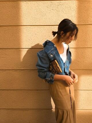 REIKA YOSHIDAさんの「へムフレアスカート(TODAYFUL|トゥデイフル)」を使ったコーディネート
