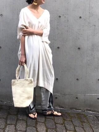 「スカーフプリントパンツ(TODAYFUL)」 using this REIKA YOSHIDA looks