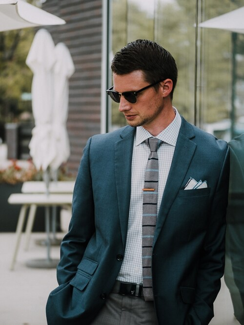 (Perry Ellis) using this Matt Hartman looks
