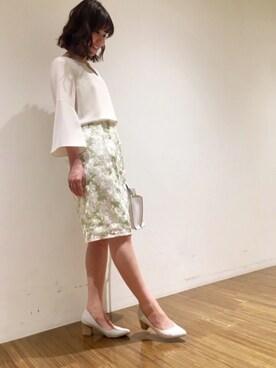 ドゥース・ストロベリーフィールズ有楽町マルイ店|Harukaさんの「マルグリッド フラワー刺繍スカート(STRAWBERRY-FIELDS)」を使ったコーディネート