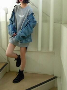デニムジャケットでかわいらしく♡