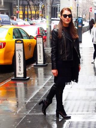 「Le Specs Half Moon Magic Sunglasses - Black(Le Specs)」 using this Vanessa looks