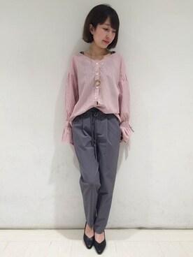 JEANASIS 錦糸町テルミナ ayumiさんのシャツ/ブラウス「ストライプVシャツ/745682 (JEANASIS ジーナシス)」を使ったコーディネート