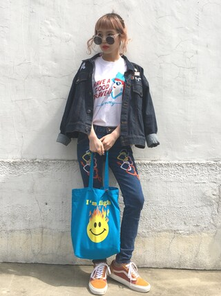 「HAVE A GOOD TRAVEL Tシャツ(Aymmy in the batty girls)」 using this 瀬戸あゆみ looks
