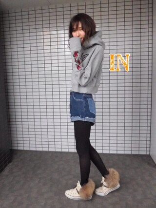 「THRASHERスリーブフラワーHOODIE(THRASHER)」 using this 美優 looks