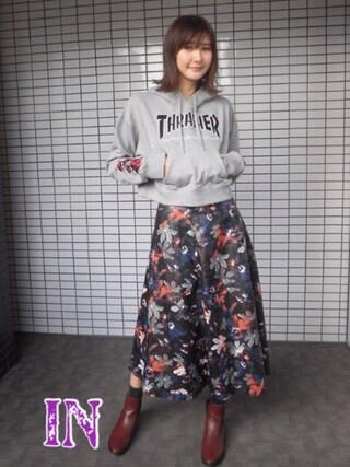 美優さんの「THRASHERスリーブフラワーHOODIE(THRASHER|スラッシャー)」を使ったコーディネート