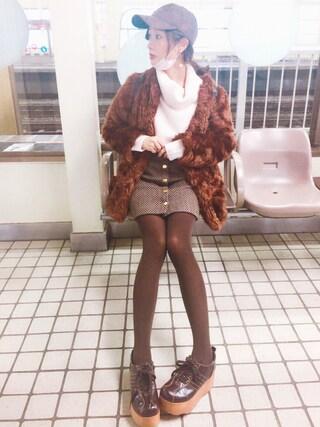前田希美さんの「エコファーコート(snidel スナイデル)」を使ったコーディネート
