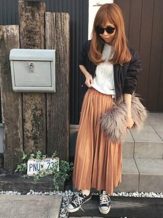 清水夏姫さんの「裾スリットワイドリブニット(OZOC|オゾック)」を使ったコーディネート