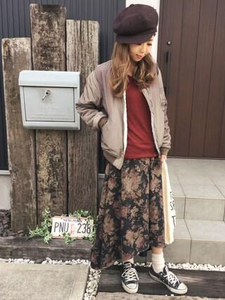 清水夏姫さんの「Vネックニットプルオーバー(OZOC|オゾック)」を使ったコーディネート