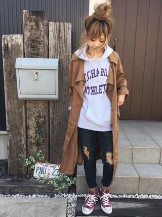 清水夏姫さんの「CHARLESプリントパーカー(Ungrid|アングリッド)」を使ったコーディネート