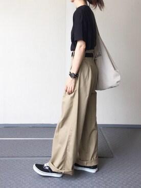 Chocorooさんの「シームレス ビッグTシャツ WOMEN(AURALEE オーラリー)」を使ったコーディネート