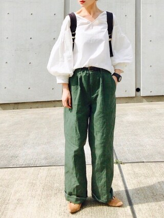 Creamさんの「タイプライター袖ボリュームブラウス(Omekashi|オメカシ)」を使ったコーディネート