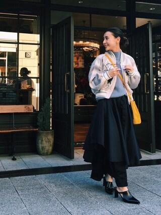 黒石奈央子さんの「【AMERI】《STUDIOUS×AMERI別注》2WAYオリーブフリルパンツ/OLIVE FRILL PANTS(AMERI|アメリヴィンテージ)」を使ったコーディネート