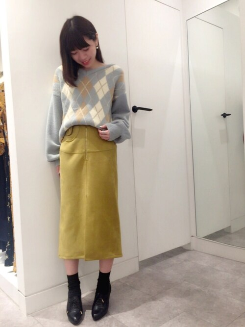 タイトスカートとアーガイルセーターで色っぽガーリーコーデ♡