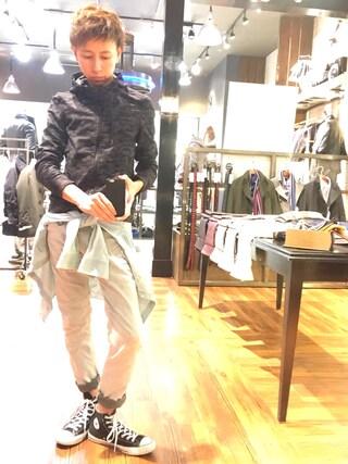 Daisuke Morimotoさんの「迷彩柄フルジップパーカー(NICOLE CLUB FOR MEN|ニコルクラブフォーメン)」を使ったコーディネート