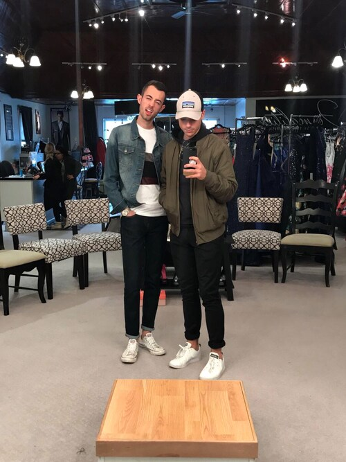 「Stan Smith Velcro Leather Sneakers(adidas by RAF SIMONS)」 using this Alex & Mike looks