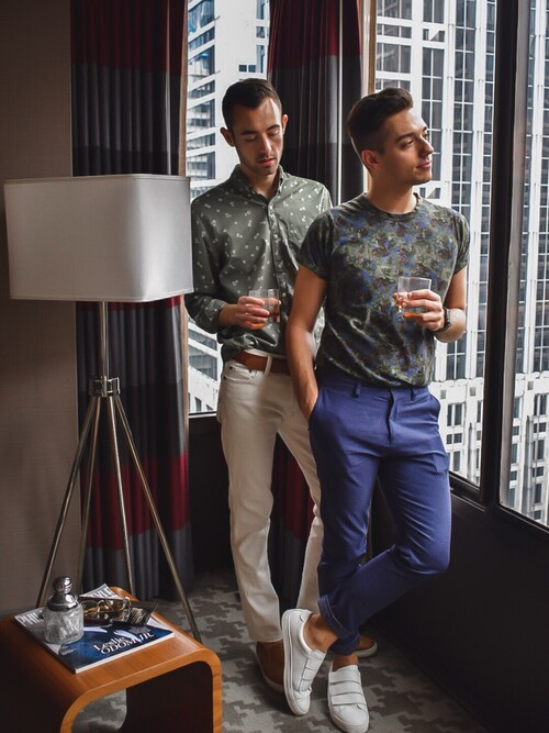 「American Eagle Outfitters AE Classic Print Poplin Shirt(AMERICAN EAGLE OUTFITTERS)」 using this Alex & Mike looks