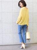 MODEROBE.OFFICIALさんの「襟抜きスキッパーブラウス 襟抜きシャツ 襟抜きブラウス スキッパーシャツ 2way(MODE ROBE|モードローブ)」を使ったコーディネート