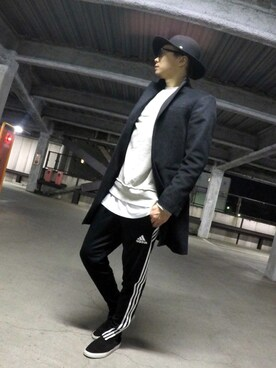(adidas) using this Hiroki Toda looks
