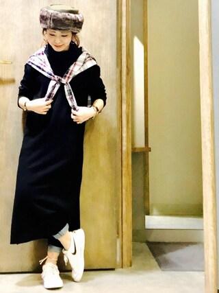 Ms.ガチャ子さんの「ウォッシャブルソフトタッチハイネックロングOP(AZUL by moussy|アズールバイマウジー)」を使ったコーディネート