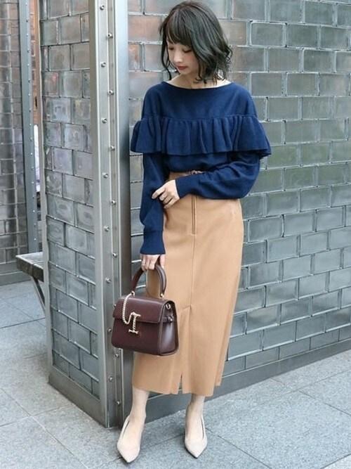 yumiさんの「フェイクレザーロングタイトスカート◆(Spick and Span Noble)」を使ったコーディネート