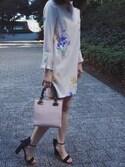 31sdmpressさんの「《andGIRL3月号モデル美香さん着用アイテム》オリジナル花柄プリント袖プリーツサックワンピース(31 Sons de mode|トランテアン ソン ドゥ モード)」を使ったコーディネート