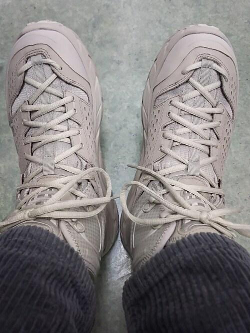 the latest 3d06b 60a6d うずら|HOKA ONEONEのブーツを使ったコーディネート - WEAR