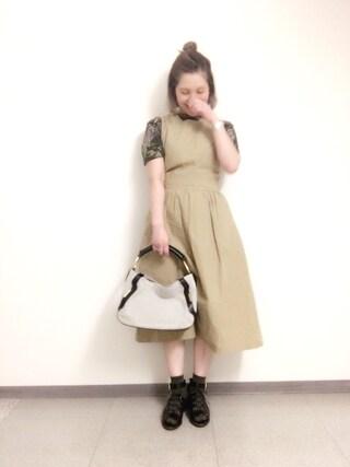 新宿フラッグスbijiness by SAZABY はやかわさんの「LAU-01/セミショルダー エートート(SAZABY サザビー)」を使ったコーディネート