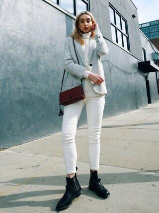 (COACH) using this Ana Prodanovich looks