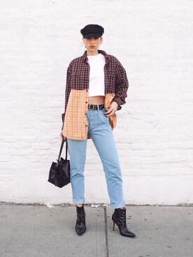 (Levi's) using this Ana Prodanovich looks