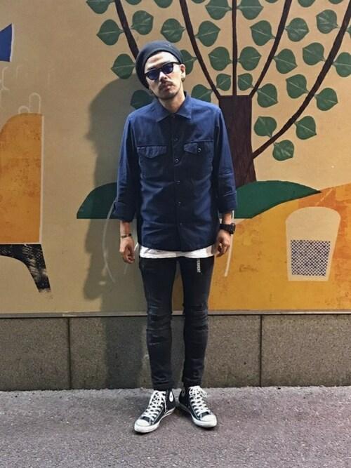 オールスター×ブラックジーンズ×ネイビーシャツ 画像1