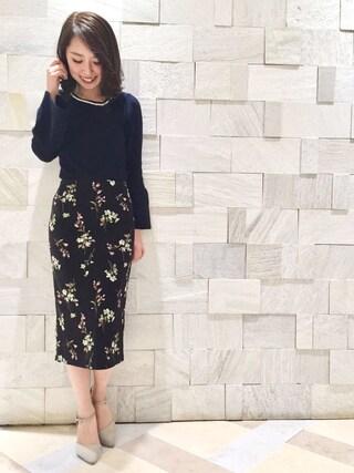 MIIA OFFICIAL|MIIA OFFICIALさんの「ボタニカルフラワーロングタイトスカート(MIIA|ミーア)」を使ったコーディネート