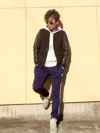HIROさんの「【adicolor】オリジナルス パンツ[SST CUFFED TRACK PANTS](adidas|アディダス)」を使ったコーディネート
