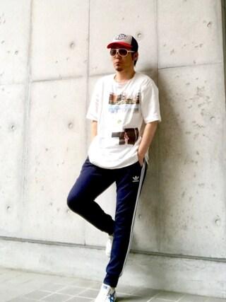 HIROさんの「【adicolor】オリジナルス パンツ[SST CUFFED TRACK PANTS](adidas アディダス)」を使ったコーディネート