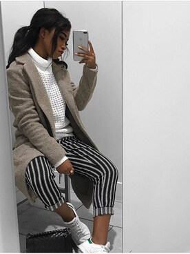 (URBAN OUTFITTERS) using this Emi Sabrina  looks