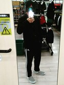 「オリジナルス パンツ[TAPERED TRACK PANTS BY](adidas)」 using this ゼブラ呪少年達 looks