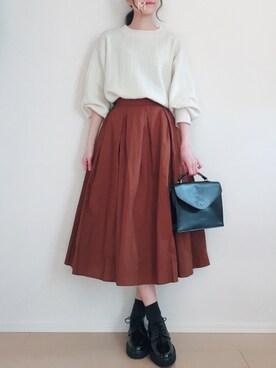 MAYUKOさんの「<再入荷>ウエストタック入りシンプルロングスカート(coca|コカ)」を使ったコーディネート