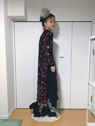 """CHIHIRO YASUDA  onlinestore""|やすだちひろさんの「Khaju:サテンプリーツロングスカート(Khaju|カージュ)」を使ったコーディネート"