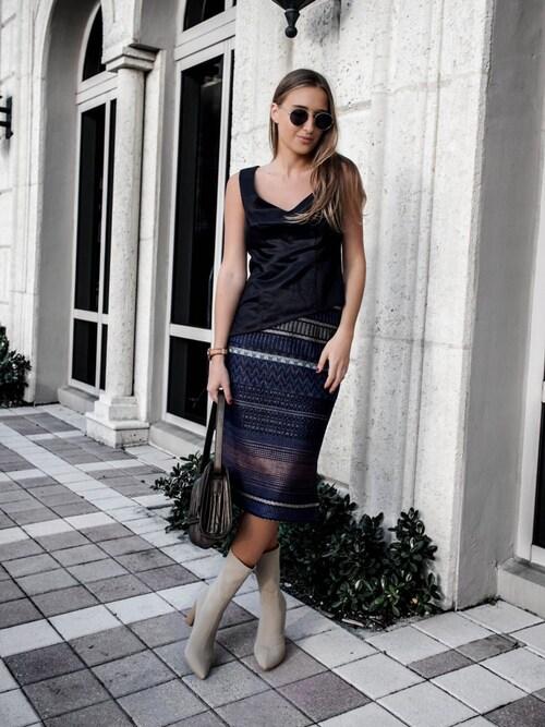 (Wallis Evera) using this Tanya Litkovska looks