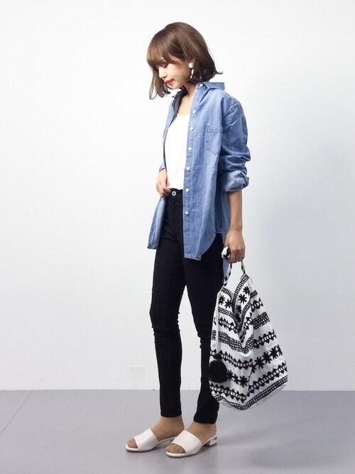 erikoさんの「シンプルコットンデニムシャツ(coca)」を使ったコーディネート