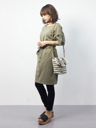 ZOZOTOWN|erikoさんの「WAIST RIBBON DRESS(MOUSSY|マウジー)」を使ったコーディネート